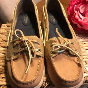 Sperry Women's loafers brown with gold anchors